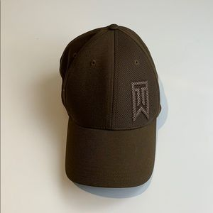 Nike Tiger Woods Collection Stretch Fit Golf Hat